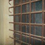 Gitter Fenster Einbruchschutz Fenstergitter Modern Hornbach Schmiedeeisen Kaufen Bauhaus Edelstahl Der Besondere Schlosserzeitung Zwangsbelüftung Nachrüsten Fenster Gitter Fenster Einbruchschutz
