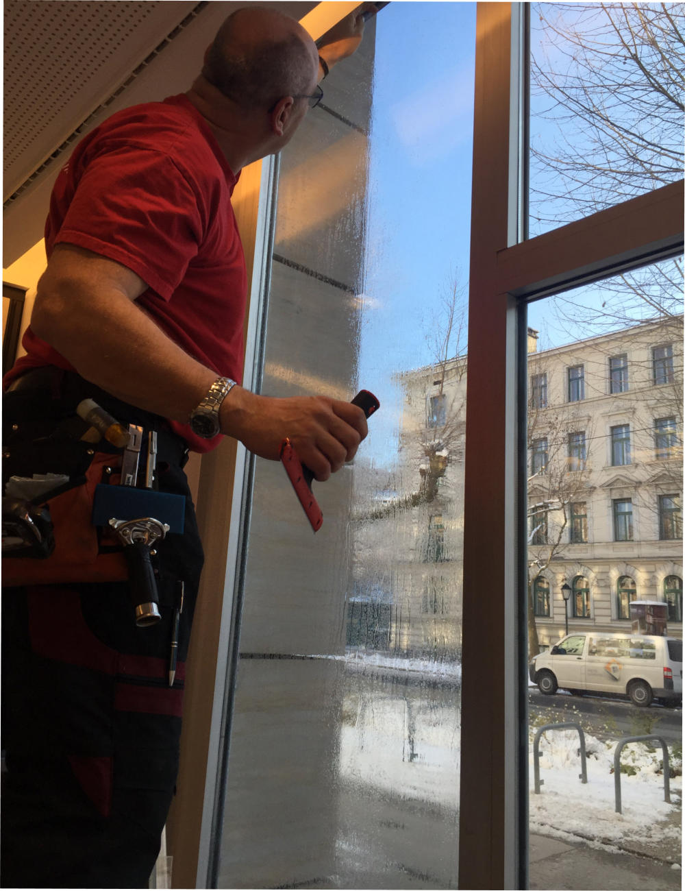 Full Size of Fenster Sicherheitsfolie Amazon Einbruch Preis Randanbindung Sicherheitsfolien Berlin Montage Test Kosten Holz Alu Insektenschutz Für Runde Türen Alarmanlage Fenster Fenster Sicherheitsfolie