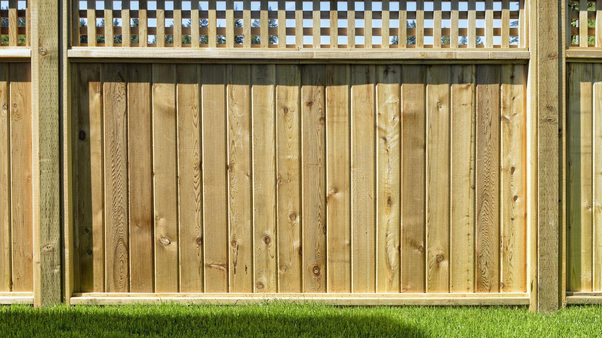 Full Size of Garten Zaun Bauen Sie Doch Ihr Gartentor Aus Holz Selbst Bewässerung Automatisch Sichtschutz Schaukelstuhl Wassertank Bewässerungssysteme Kandelaber Garten Garten Zaun