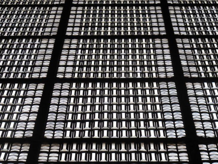 Fenster Sicherheitsfolie Test Mit Sprossen Dampfreiniger Alte Kaufen Günstige Rc3 Preisvergleich Fliegennetz Zwangsbelüftung Nachrüsten Holz Alu Preise Fenster Fenster Trier