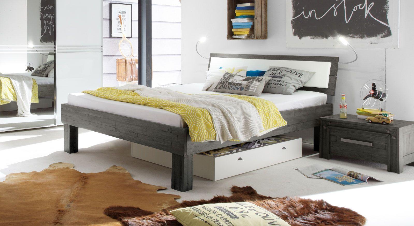 Full Size of Graues Bett Ikea Bettlaken Passende Wandfarbe Kombinieren Waschen 180x200 Dunkel Samtsofa Welche 160x200 120x200 140x200 Im Industrial Design Aus Akazie Bett Graues Bett