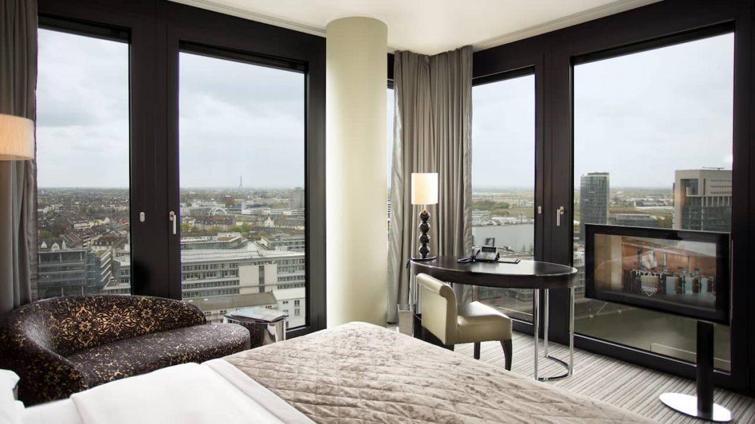 Large Size of Hotelzimmer Und Suiten Hyatt Regency Dsseldorf Weiße Betten Rauch Flexa Mannheim Team 7 Bock Boxspring Günstige 140x200 180x200 Mit Bettkasten Kaufen Bett Betten Düsseldorf