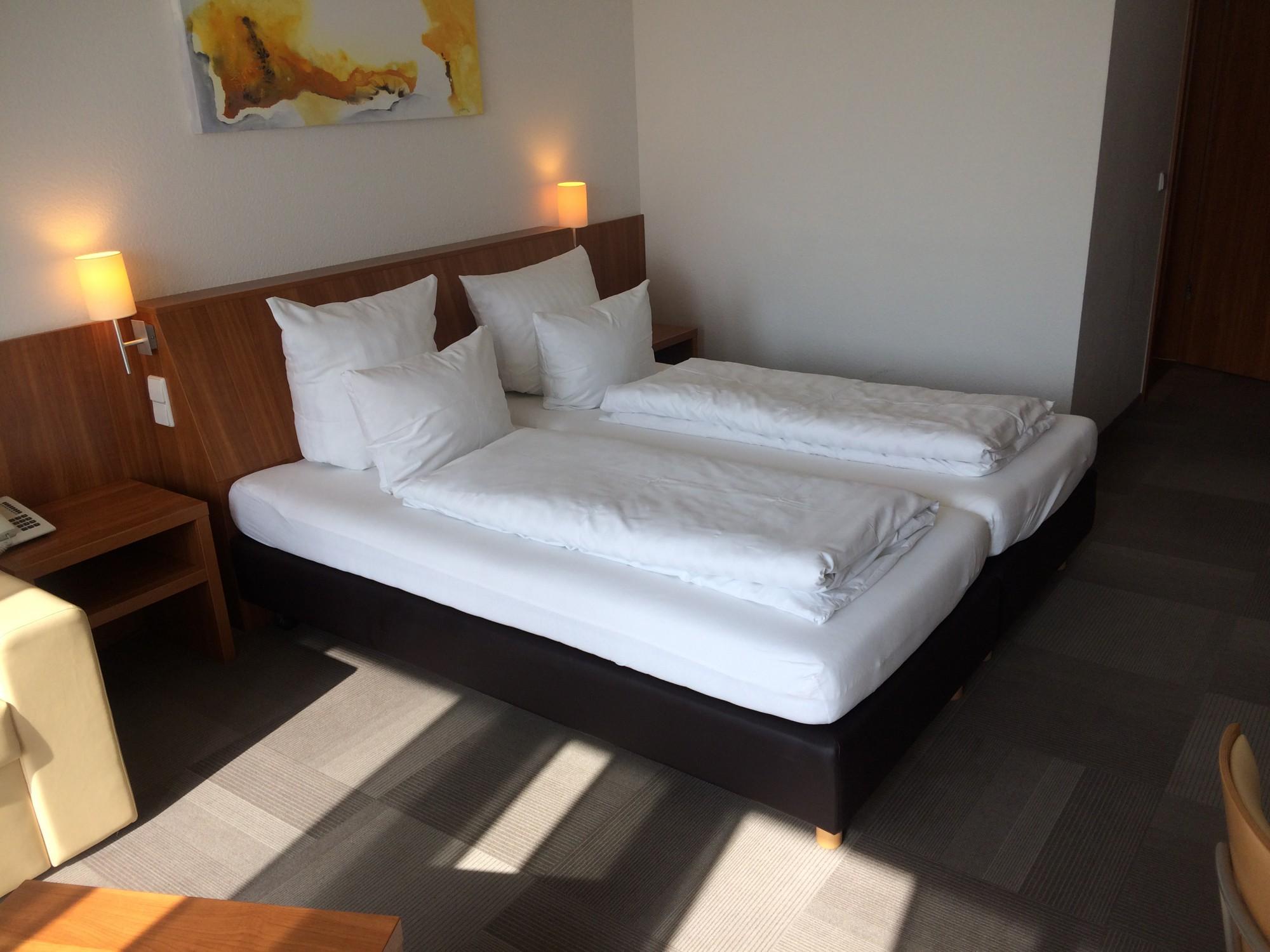 Full Size of Bett Matratze Hotelbett Boxspringbett 180x200cm 100x200 Ausklappbares Japanische Betten Bette Starlet Mit Schubladen überlänge Kaufen 140x200 Schlafzimmer Bett Bett Matratze