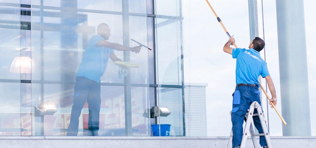 Large Size of Fenster Reinigen Günstige Rc3 Sonnenschutz Aluminium Obi Kaufen In Polen Plissee Rc 2 Holz Alu Fliegengitter Für Nach Maß Einbruchschutzfolie Veka Preise Fenster Fenster Reinigen