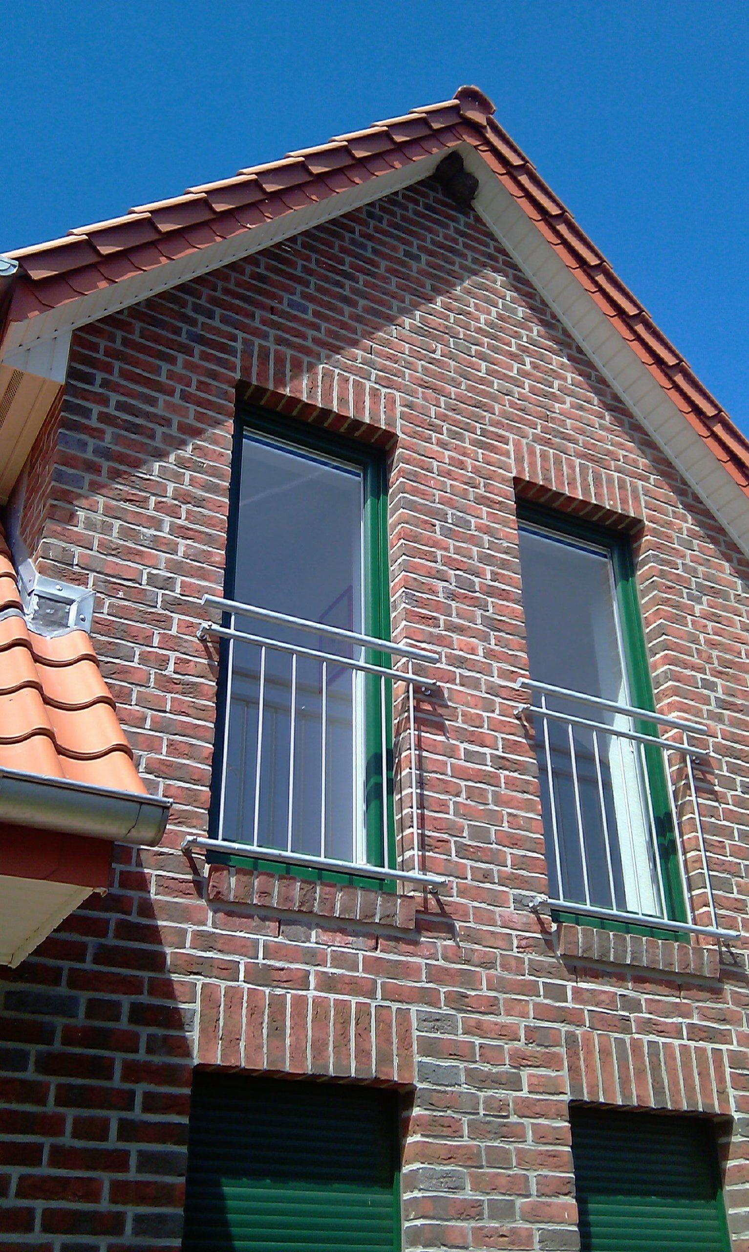 Full Size of Bodentiefe Fenster Mit Absturzsicherung Im Dachgeschoss Drutex Meeth Ebay Beleuchtung Jalousien Innen Verdunkelung Schallschutz Günstige Rolladen Fenster Fenster Bodentief