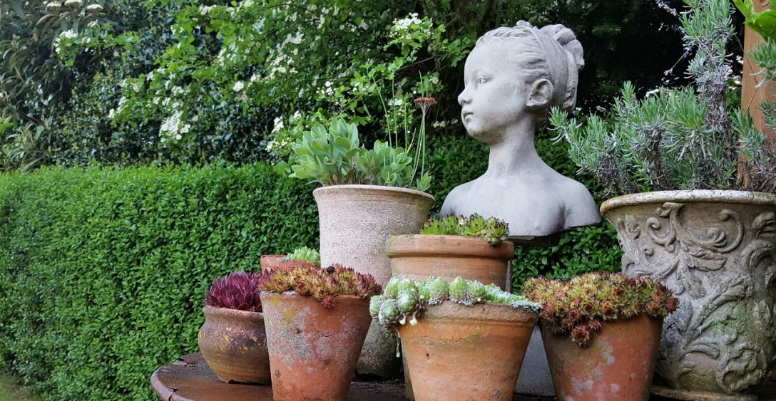 Large Size of Garten Skulpturen Gartenskulpturen Kaufen Modern Steinguss Stein Aus Rostigem Eisen Skulptur Metall Gartendeko Moderne Schweiz Romantische Bei Vollwaren Online Garten Garten Skulpturen
