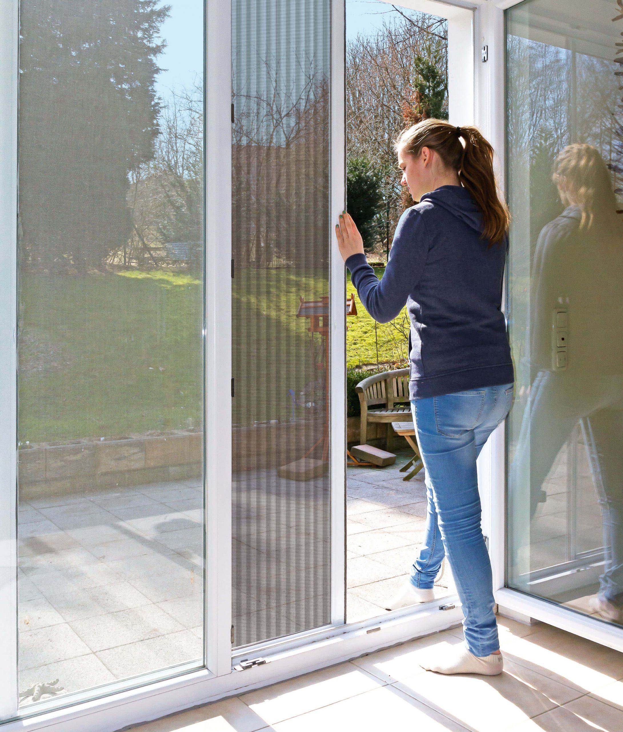 Full Size of Fenster Deutschland Schweiz Kaufen Velbert Detail Schnitt Fensterdeko Weihnachten Led Deko Der Die Oder Das Fenster Fenster.de