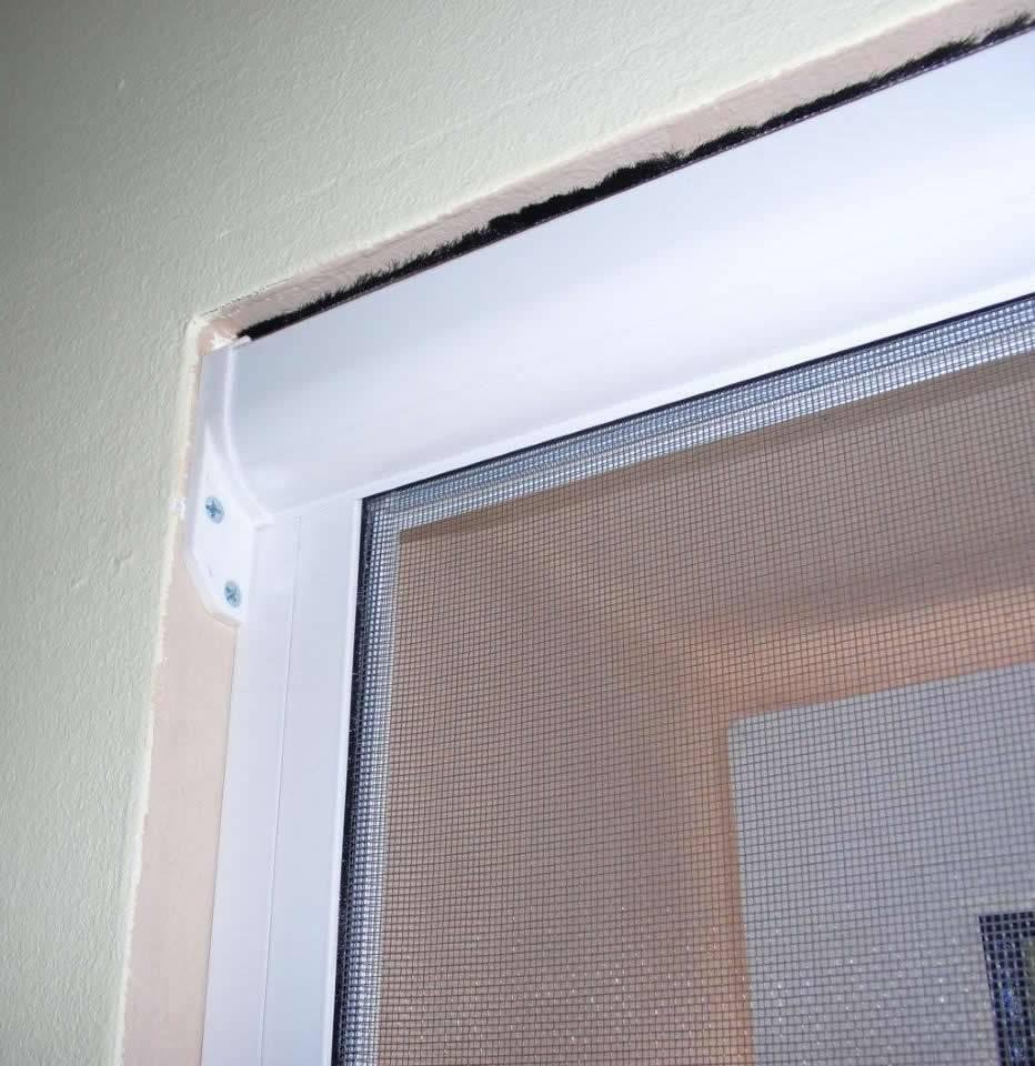 Full Size of Insektenschutz Fenster Fliegengitterrollo Fliero Einbau Velux Kaufen Mit Eingebauten Rolladen Fliegengitter Maßanfertigung Erneuern Kosten Welten Sonnenschutz Fenster Insektenschutz Fenster