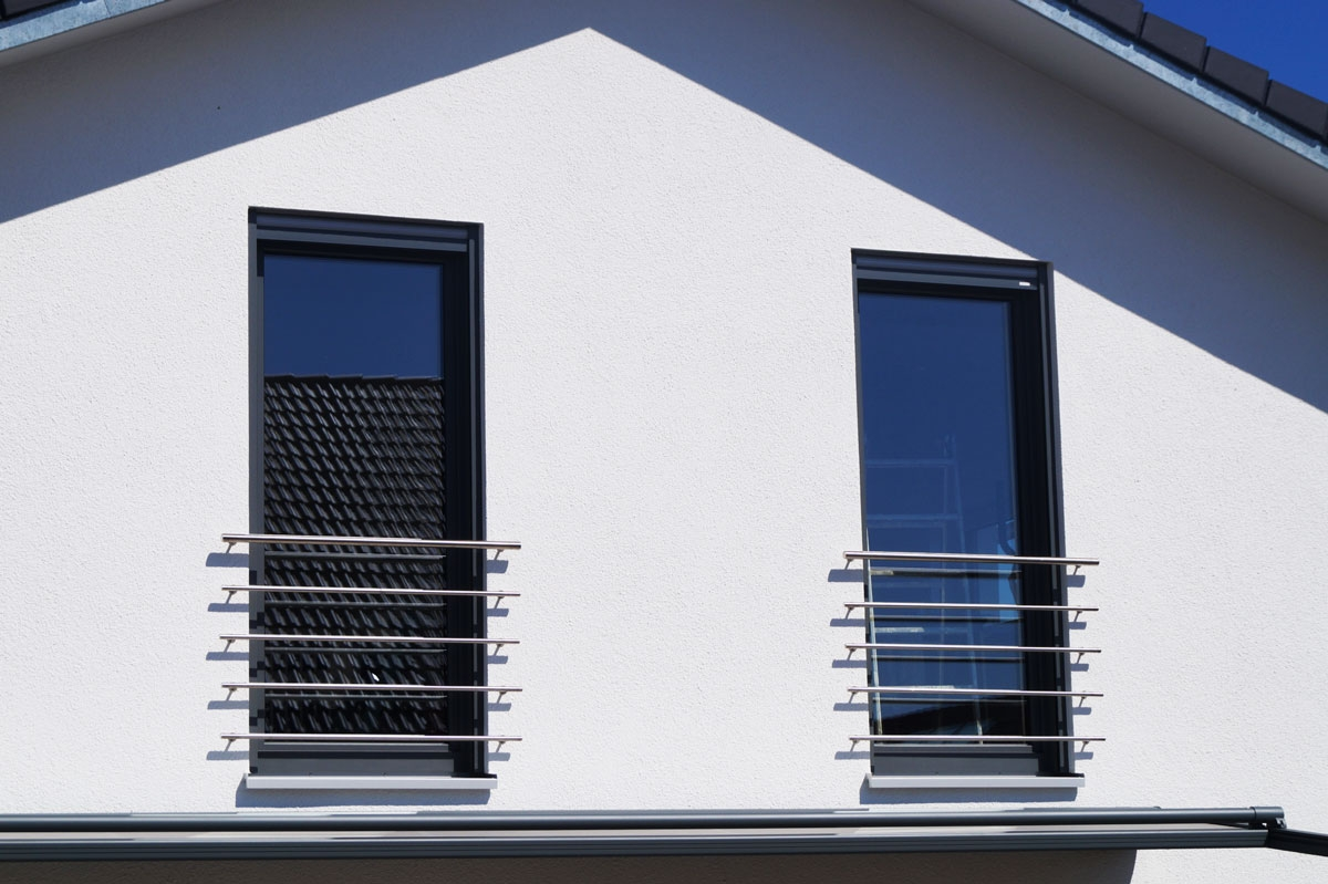 Full Size of Absturzsicherung Fenster Schallschutz Dreh Kipp Schüco Sichtschutzfolie Einseitig Durchsichtig Drutex Sicherheitsfolie Einbruchschutz Nachrüsten Sichtschutz Fenster Absturzsicherung Fenster