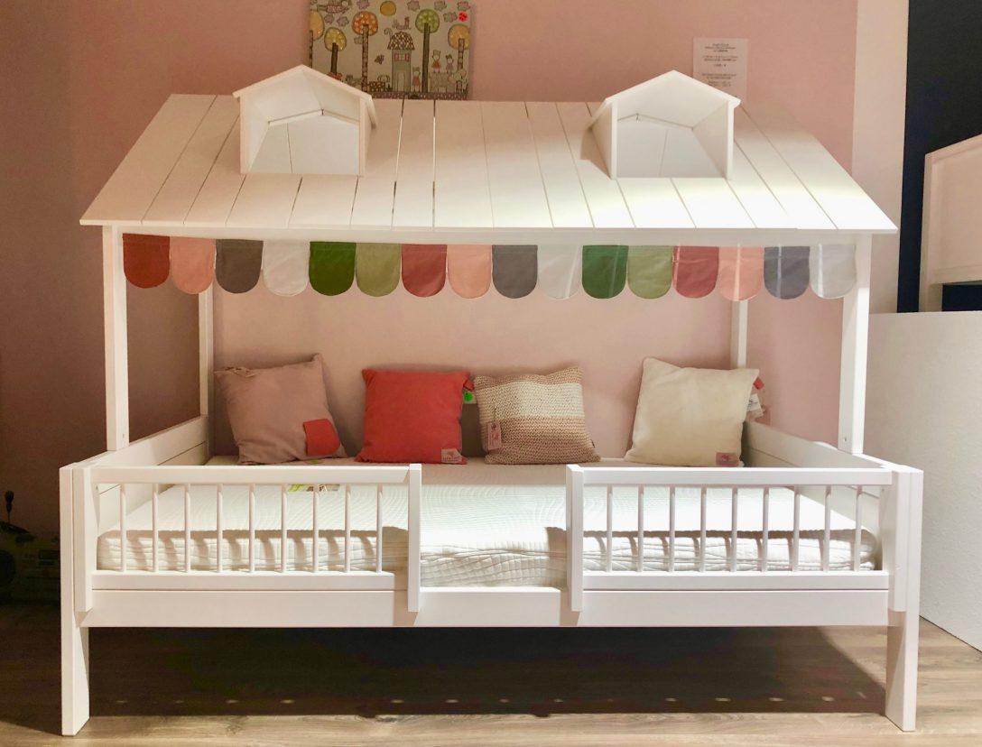 Large Size of Bett 120x200 Mit Matratze Und Lattenrost Sofa Relaxfunktion 3 Sitzer Fenster Sprossen Pantryküche Kühlschrank Bettfunktion Einfaches Bette Duschwanne 180x200 Bett Bett 120x200 Mit Matratze Und Lattenrost