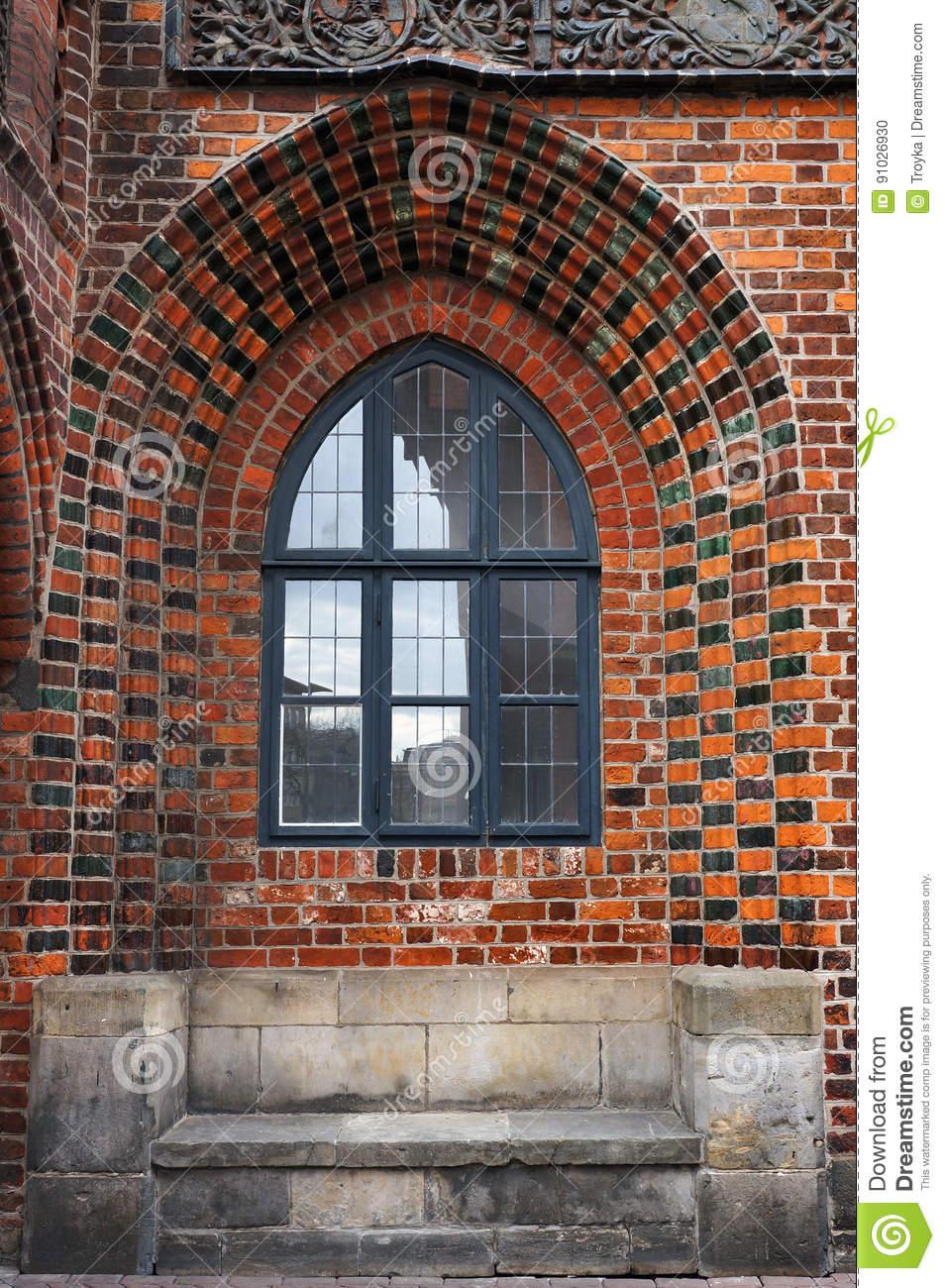 Full Size of Fenster Hannover In Backsteinmauer Von Altem Rathaus Klebefolie Insektenschutzrollo Austauschen Sichtschutz Sonnenschutz Für 120x120 Winkhaus Einbruchschutz Fenster Fenster Hannover