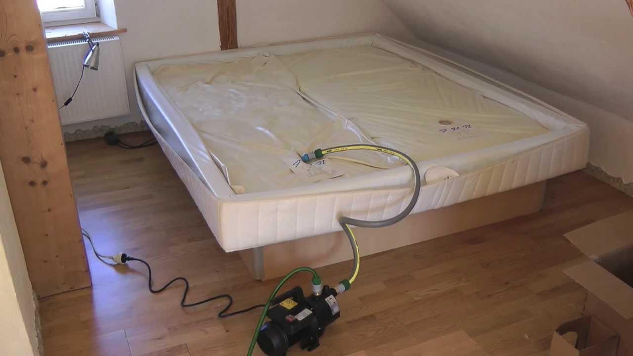 Full Size of Wasser Bett Massiv Minimalistisch Möbel Boss Betten Futon 100x200 140x200 Mit Stauraum Massivholz Such Frau Fürs 200x200 180x200 Weißes 90x200 160x200 Bett Wasser Bett