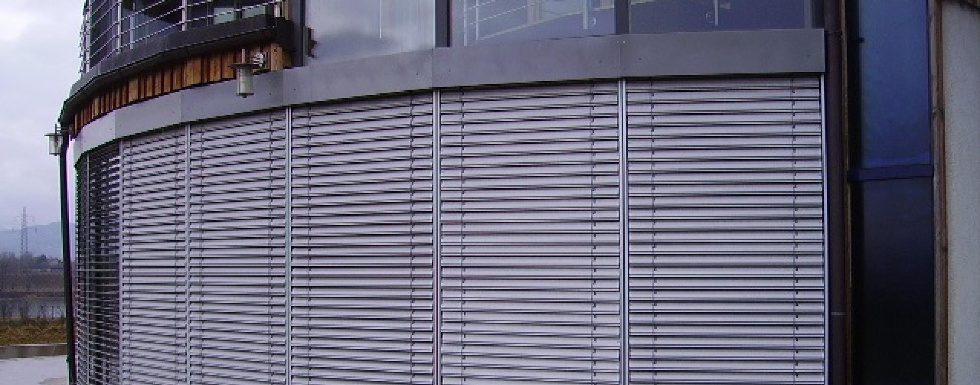 Full Size of Sonnenschutz Fenster Außen Startseite Gruber Holz Alu Beleuchtung Dreifachverglasung Trier Abdichten Aron Weihnachtsbeleuchtung Sichtschutzfolien Für Fenster Sonnenschutz Fenster Außen
