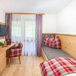 Großes Bett Bett Einzelzimmer Hotel Lindenhof Ramsau Bett 180x220 Betten 140x200 Boxspring Landhausstil Team 7 Bette Duschwanne Ruf Nolte 2x2m Mit Aufbewahrung Stabiles