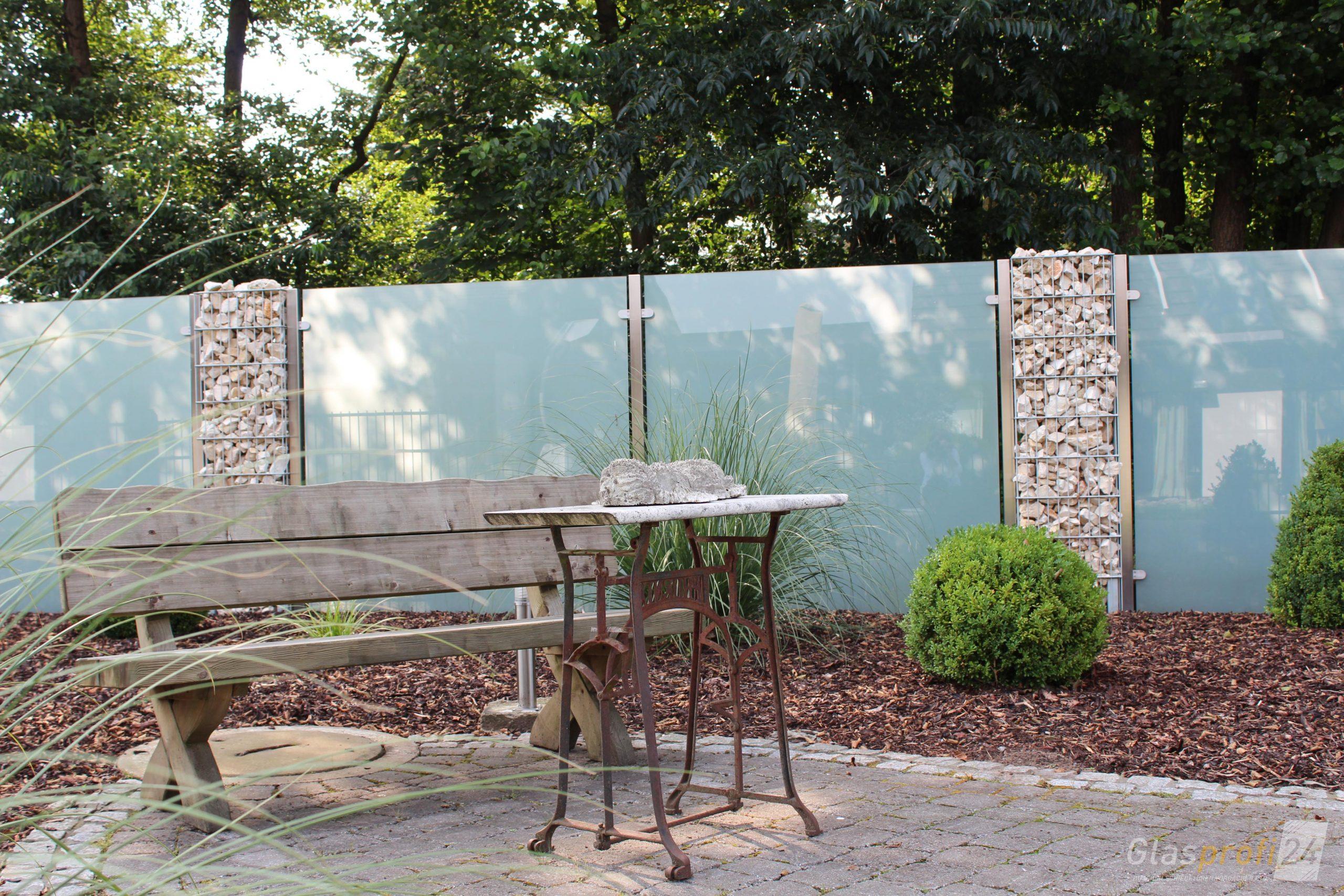 Full Size of Sichtschutz Garten Aus Glas Fr Den Glasprofi24 Sitzgruppe Holzhaus Vertikal Lounge Sessel Lärmschutz Tisch Spielhaus Bewässerungssysteme Klettergerüst Garten Sichtschutz Garten