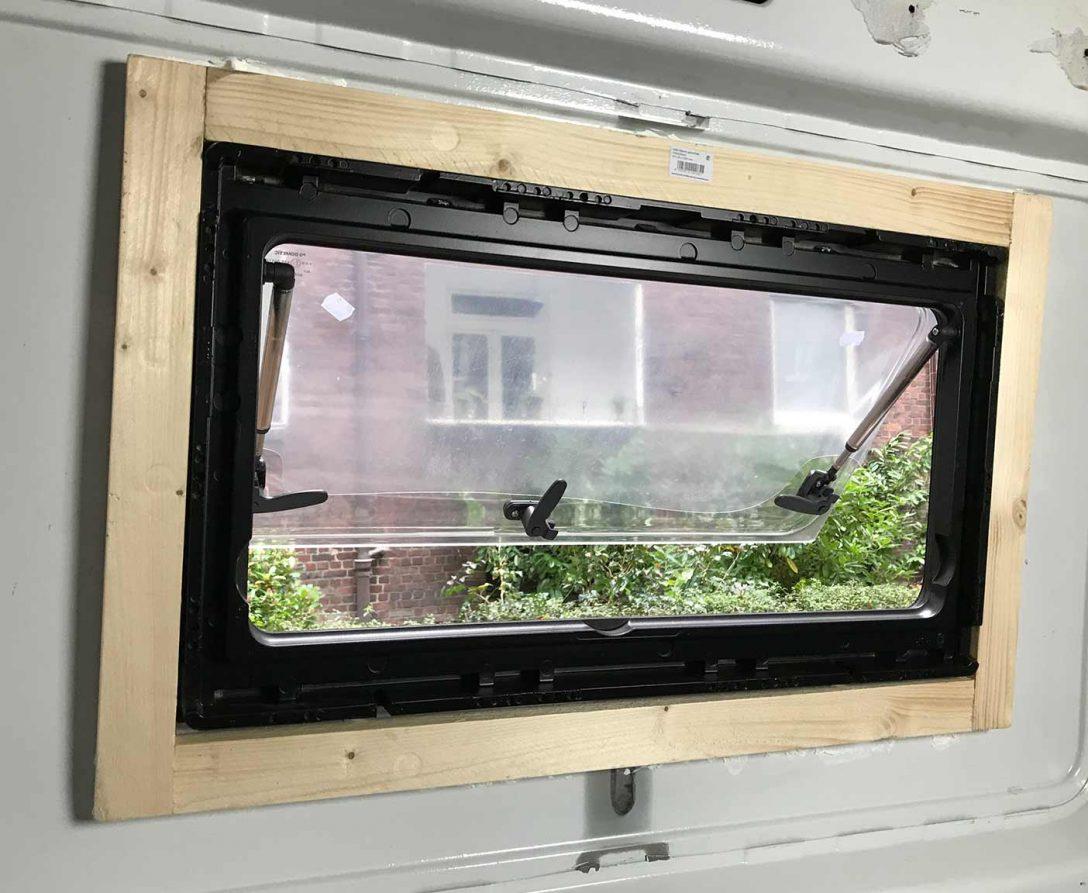 Large Size of Fenster Tauschen Dichtungen Kosten Alarmanlagen Für Und Türen Hannover Standardmaße Mit Eingebauten Rolladen Weihnachtsbeleuchtung Velux Kaufen Fenster Fenster Tauschen