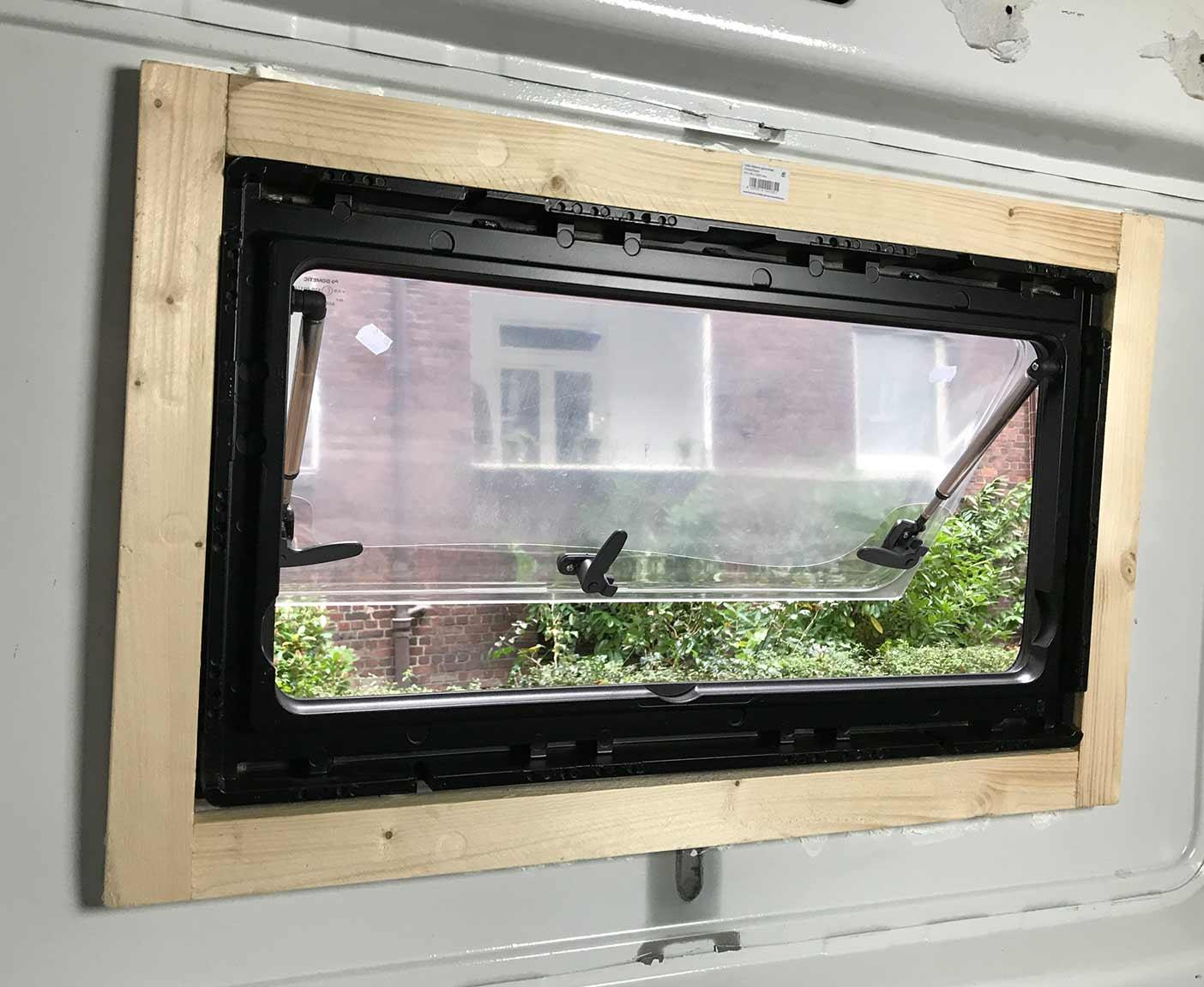 Full Size of Fenster Tauschen Dichtungen Kosten Alarmanlagen Für Und Türen Hannover Standardmaße Mit Eingebauten Rolladen Weihnachtsbeleuchtung Velux Kaufen Fenster Fenster Tauschen