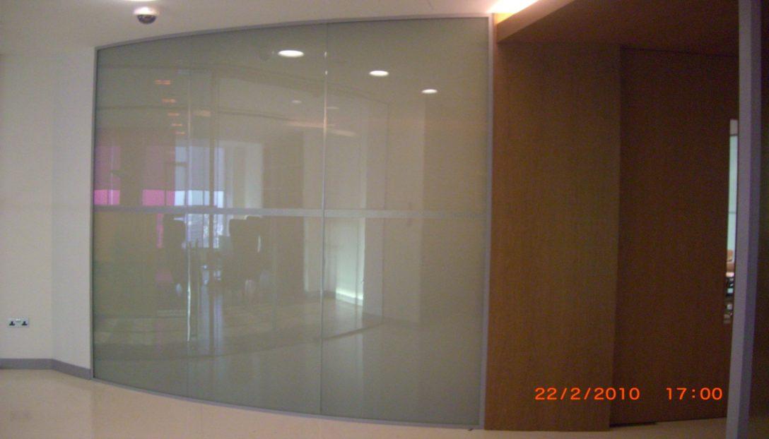 Large Size of Sichtschutzfolie Fenster Einseitig Durchsichtig Switchglschaltbares Glas Bietet Privatsphre Auf Knopfdruck Sichtschutzfolien Für Drutex Test Insektenschutz Fenster Sichtschutzfolie Fenster Einseitig Durchsichtig
