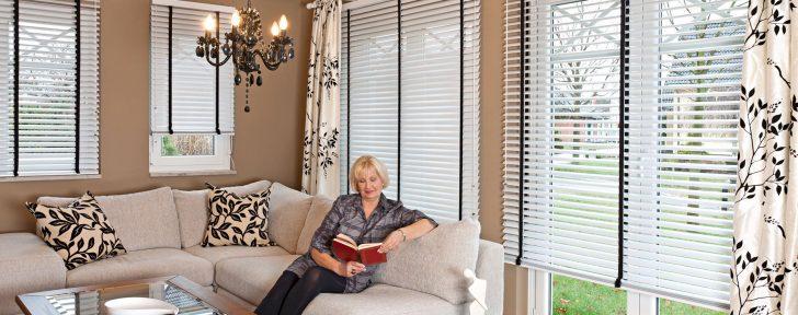 Medium Size of Fenster Jalousien Innen Plissee Ohne Bohren Fensterrahmen Montage Ikea Ersatzteile Sonnenschutz Rc 2 Sichtschutz Für Folien Rolladen Nachträglich Einbauen Fenster Fenster Jalousien Innen