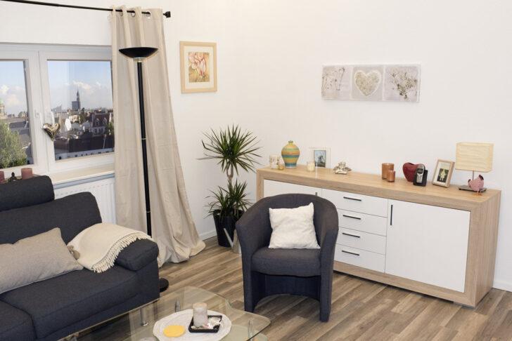 Medium Size of Graues Sofa Wohnzimmer Welche Wandfarbe Kissen Kleines Ikea Beiger Teppich Farbe Gelber Passende Graue Couch Kombinieren Gelbe Welcher Dekorieren Mit Weisser Sofa Graues Sofa