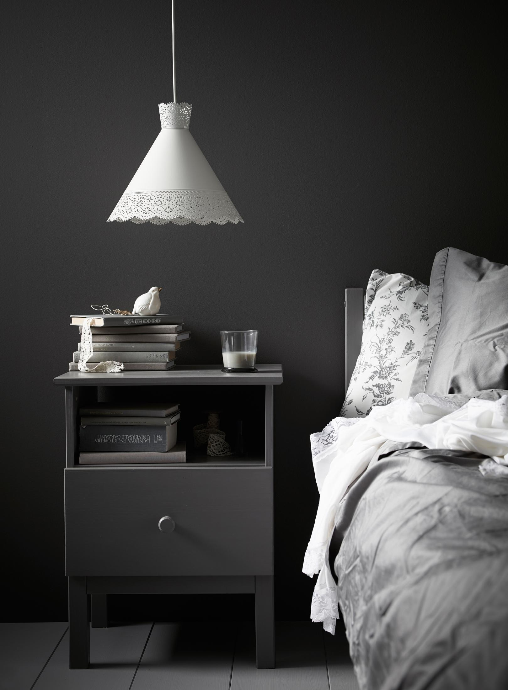Full Size of Graues Bett Dunkel Samtsofa Ikea Kombinieren 140x200 Bettlaken 160x200 Waschen Passende Wandfarbe 120x200 Einfaches 140 Tojo V Außergewöhnliche Betten Weiß Bett Graues Bett