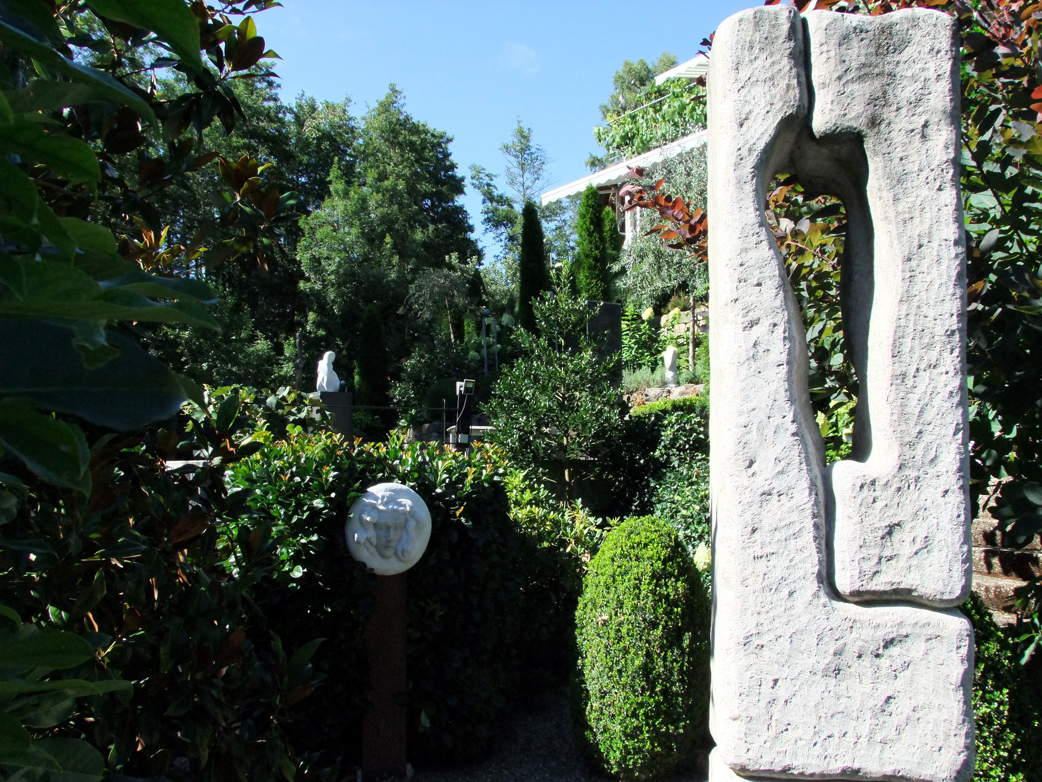 Full Size of Skulpturen Garten Atelier Seeatelier Gaienhofen Spielgeräte Für Den Schaukel Sichtschutz Spielhaus Holz Loungemöbel Truhenbank Wohnen Und Abo Heizstrahler Garten Skulpturen Garten