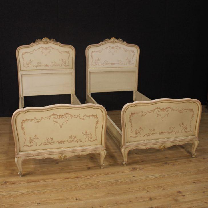 Medium Size of Paar Betten Lackiert Mbel Antik Stil Venezianer Holz Malerei Bonprix Designer Für übergewichtige 140x200 90x200 Kaufen Amazon 180x200 Möbel Boss Gebrauchte Bett Antike Betten