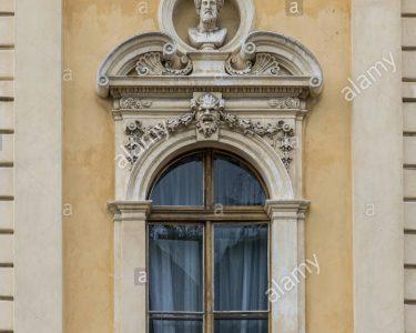 Fenster Kaufen In Polen Fenster Fenster Der Alten Haus In Polen Stockfoto Kleines Sofa Gardinen Hotels Bad Harzburg Velux Preise Neue Einbauen Wellnesshotel Füssing Rc3 Ersatzteile Aluminium