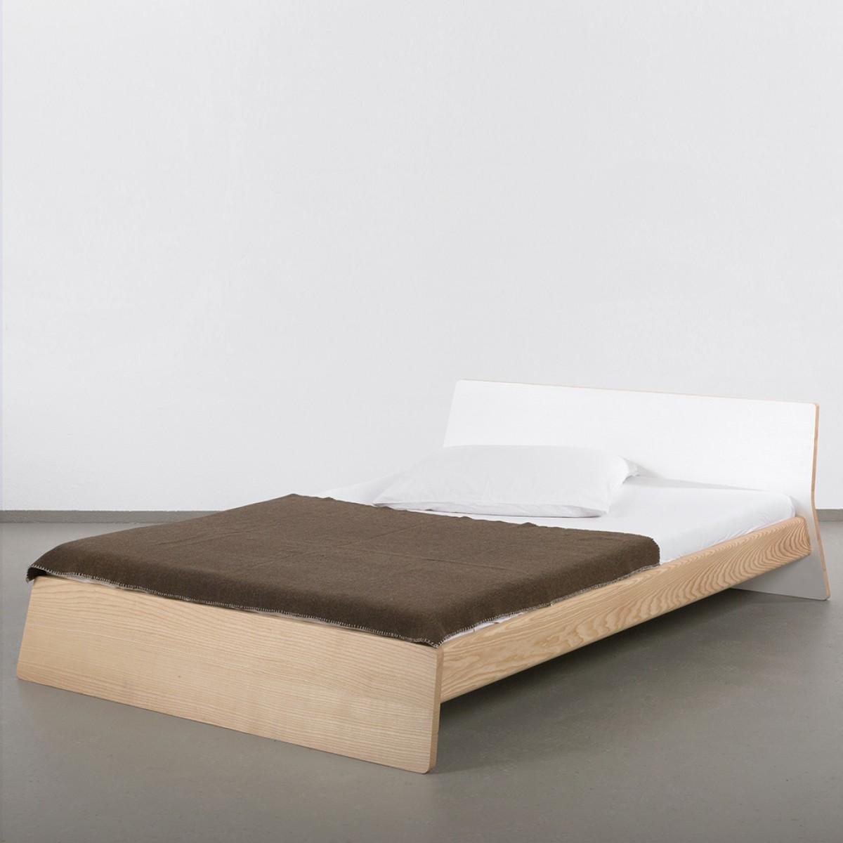 Full Size of Europaletten Bett 160x200 Kaufen 160 X 180 Cm Gebraucht Oder Vs Holz Ellenberger Space 200 120 Flach 1 40x2 00 120x200 Mit Matratze Und Lattenrost Bettkasten Bett Bett 160
