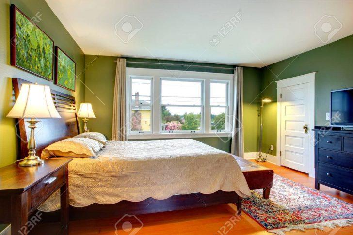 Medium Size of Bett Mit Hohem Kopfteil Grne Schlafzimmer Massiv Betten Küche Günstig Elektrogeräten Stauraum Weiß 160x200 Komplett Stapelbar Aufbewahrung Französische Bett Bett Mit Hohem Kopfteil