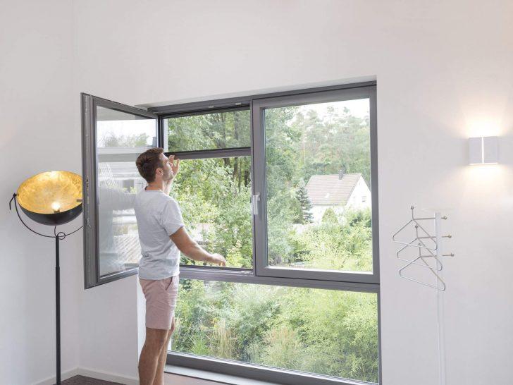 Medium Size of Fenster Reinigen Dänische Konfigurator Anthrazit Dachschräge Plissee Einbauen Schüco Mit Rolladenkasten Lüftung Sicherheitsfolie Sonnenschutz Außen Fenster Insektenschutzrollo Fenster