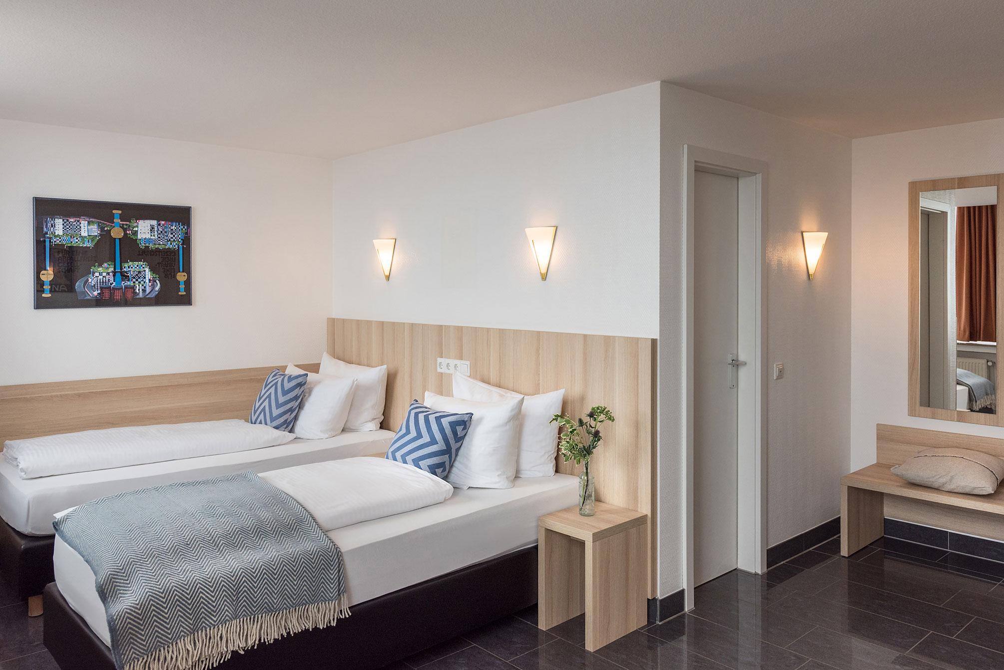 Full Size of Betten Münster Twin Zimmer Komfort Hotel Conti Muenster Hohe Ausgefallene Tagesdecken Für Ruf Weiße Günstige Günstig Kaufen 180x200 Mit Matratze Und Bett Betten Münster