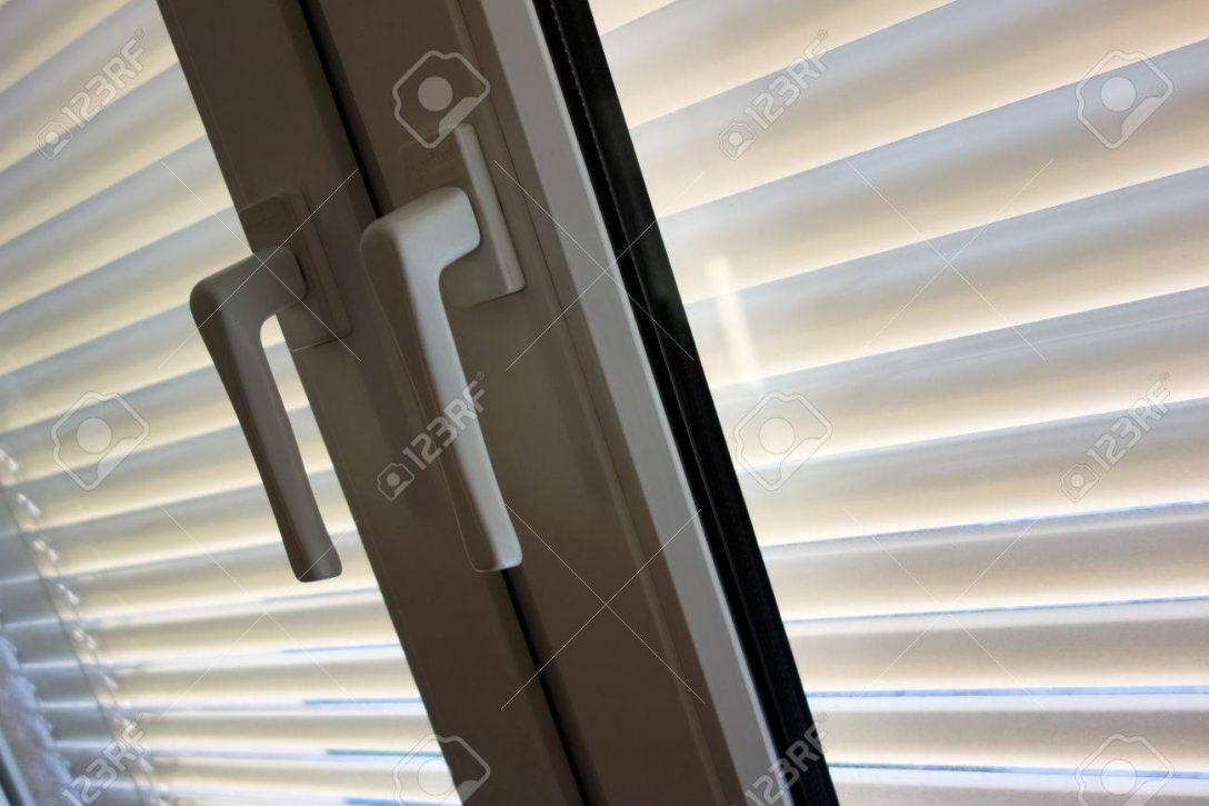 Large Size of Sonnenschutz Fenster Zum Schutz Gegen Hitze Und Zu Schtzen Sonnenschutzfolie Innen Insektenschutz Für Rostock Weihnachtsbeleuchtung Mit Integriertem Einbau Fenster Sonnenschutz Fenster
