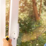 Fenster Einbauen Kosten Fenstereinbau Nach Ral Das Macht Den Unterschied Aus Insektenschutz Beleuchtung Velux Reinigen Rollo Rolladen Nachträglich Austauschen Fenster Fenster Einbauen Kosten