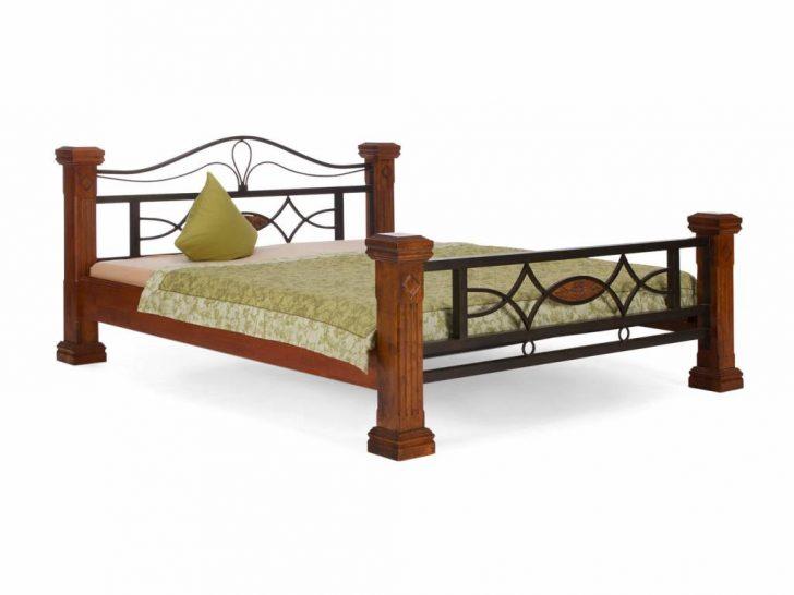 Medium Size of Landhaus Massiv Holz Bett 140 160 180 Doppelbett Plus Lattenrost Bauhaus Fenster Ausziehbar Designer Betten Esstisch Rustikal Ausgefallene Schlafzimmer Meise Bett Betten Aus Holz