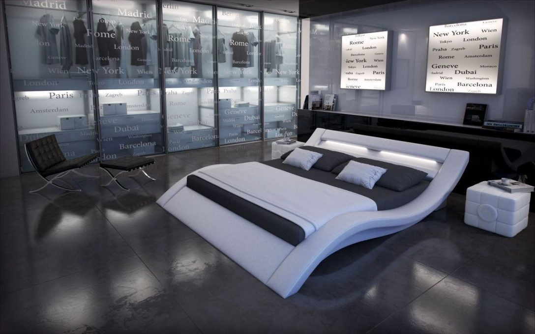 Large Size of Wasser Bett Elegantes Wasserbett Massa Mit Moderner Beleuchtung Tagesdecke Massiv Betten 120x190 Balken Landhausstil Wasserhähne Bad Komforthöhe 140 Cars Bett Wasser Bett