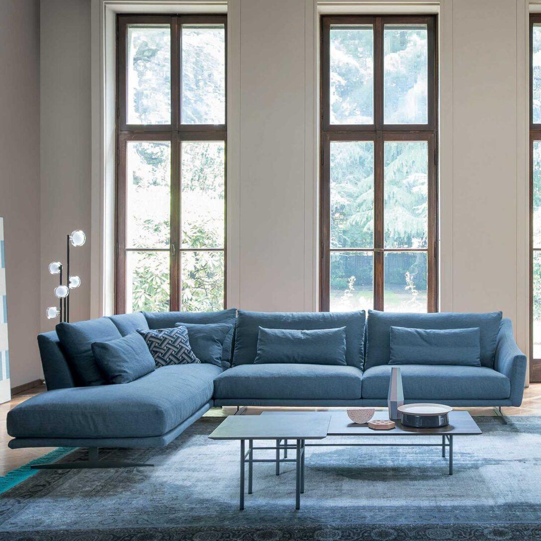 Large Size of Blaues Sofa Blaue Couch Bayern 1 Heute Das Zdf Mediathek Buchmesse Frankfurter 2018 Programm Die Eck Ausziehbar Rotes Mit Bettkasten Big Günstig Marken Sofa Blaues Sofa