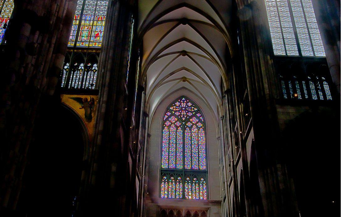 Large Size of Fenster Köln Gerhard Richter Ebay Trocal Holz Alu Velux Rollos Innen Schüco Ohne Bohren Sonnenschutzfolie Verdunkeln Konfigurieren Fenster Fenster Köln