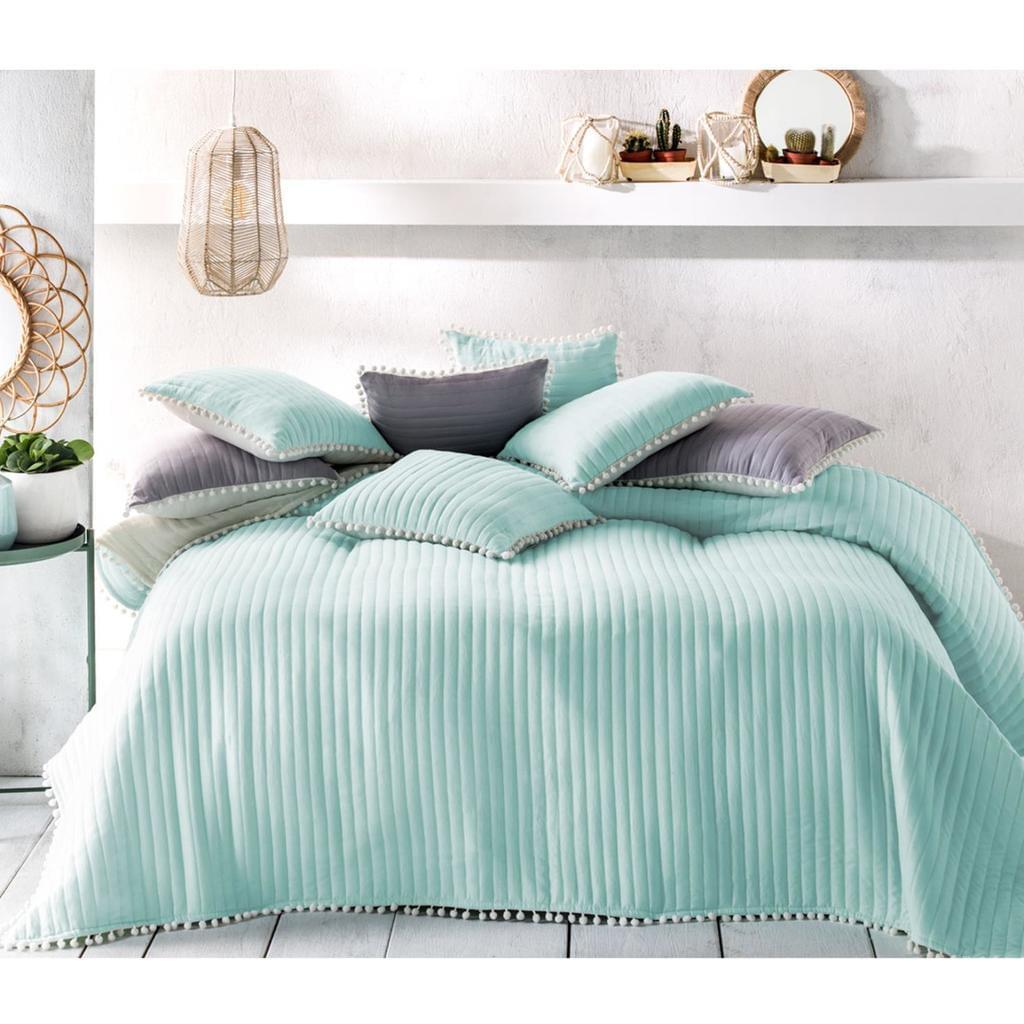 Full Size of Tagesdecke Bett Sofaberwurf Bommel 220cm 240cm B Real Flexa Betten Test Kaufen Musterring Mit Bettkasten Amerikanische Luxus Massivholz Bock Sofa U Form Xxl Bett Xxl Betten