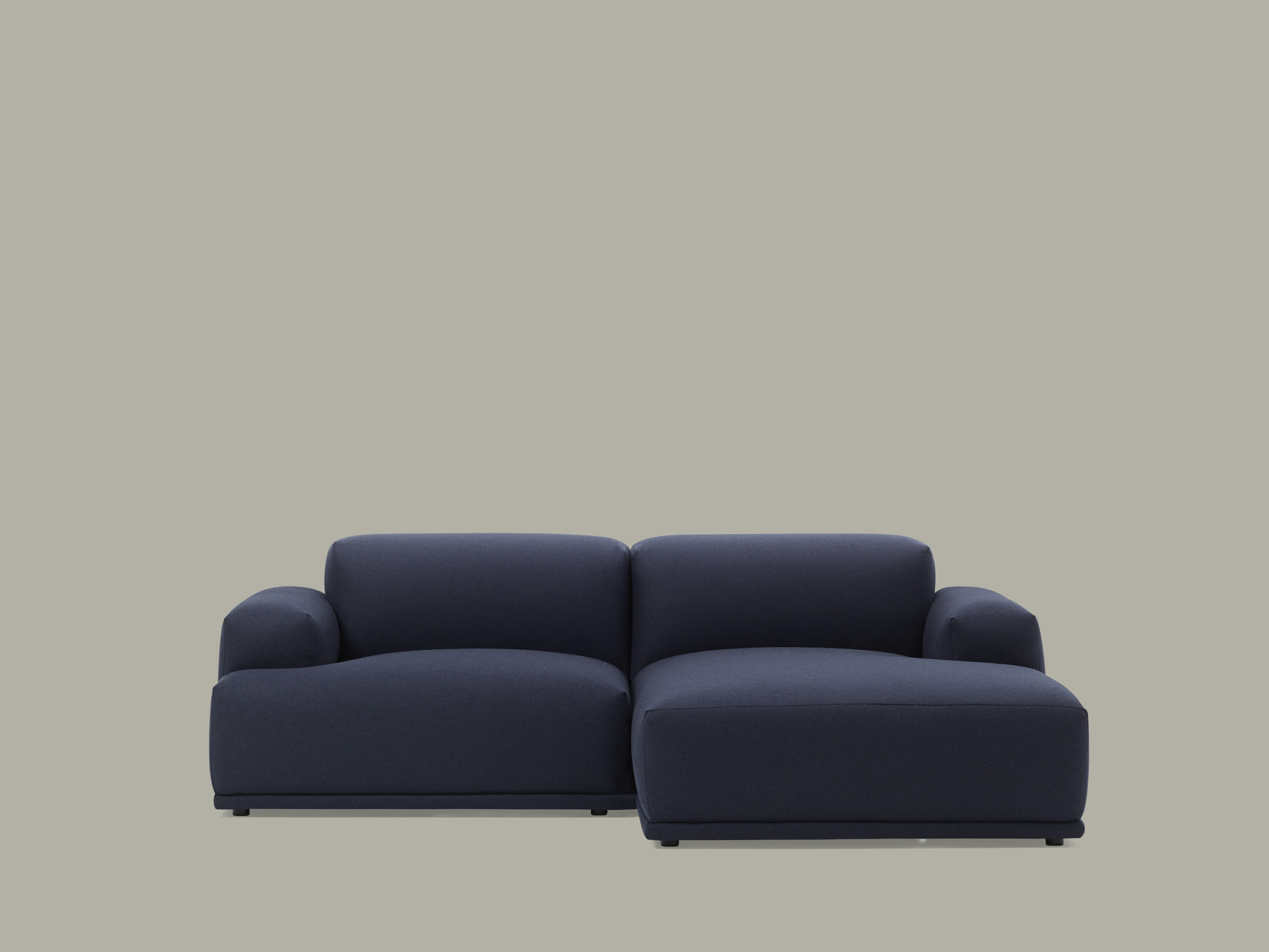 Full Size of Muuto Sofa Connect Table Sofabord Around Outline 3 1/2 Compose Review Von Modell A K Jetzt Online Rotes Günstiges Mondo Sitzer Mit Relaxfunktion 2 Flexform Sofa Muuto Sofa