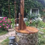 Brunnen Garten Stein Antik Wasserbrunnen Modern Solar Kaufen Bohren Amazon Edelstahl Moderne Gartenbrunnen Steine Mit Schwengelpumpe Kugelleuchte Im Garten Wasserbrunnen Garten