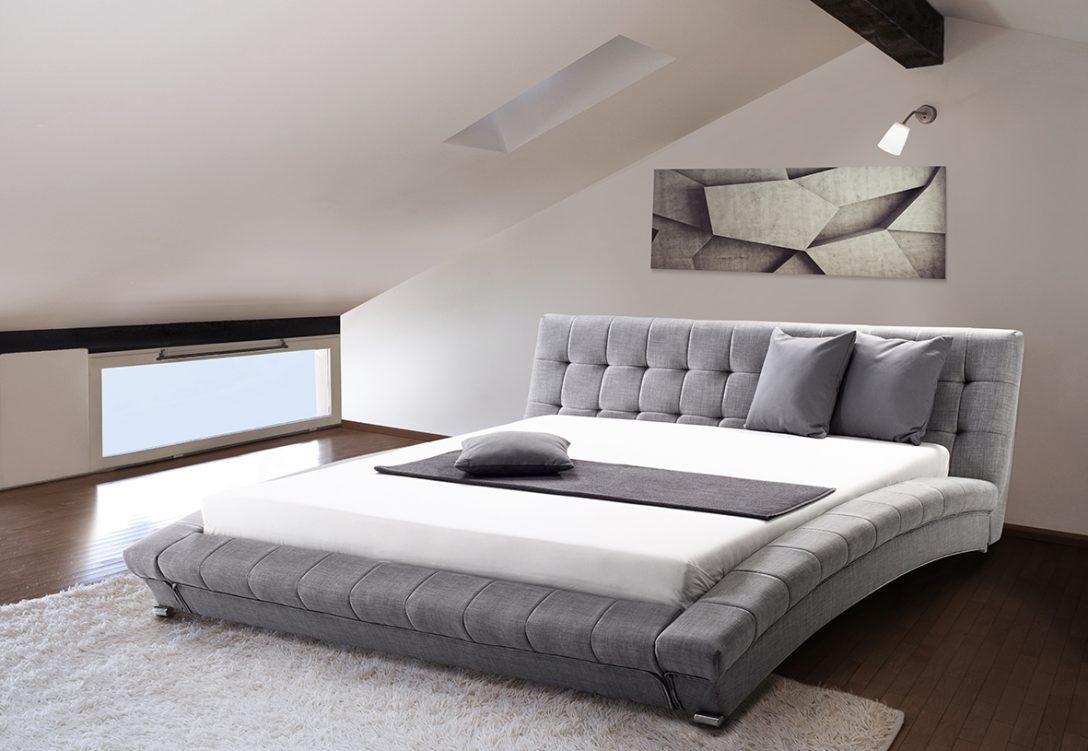 Large Size of Modernes Bett 180x200 Stoff Stoffbett Grau Mit Lattenrost Lattenrahmen 160 180 X 200x200 Aus Paletten Kaufen 90x200 Weiß Schubladen Betten 160x200 Stauraum Bett Modernes Bett 180x200