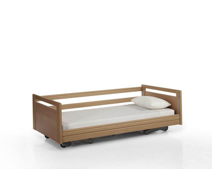 Medium Size of Bett Niedrig Coole Betten 2x2m Mit Schubladen Rückenlehne München Zum Ausziehen Matratze Und Lattenrost Sofa Bettfunktion 220 X Vintage 140x200 Breite Bett Bett Niedrig
