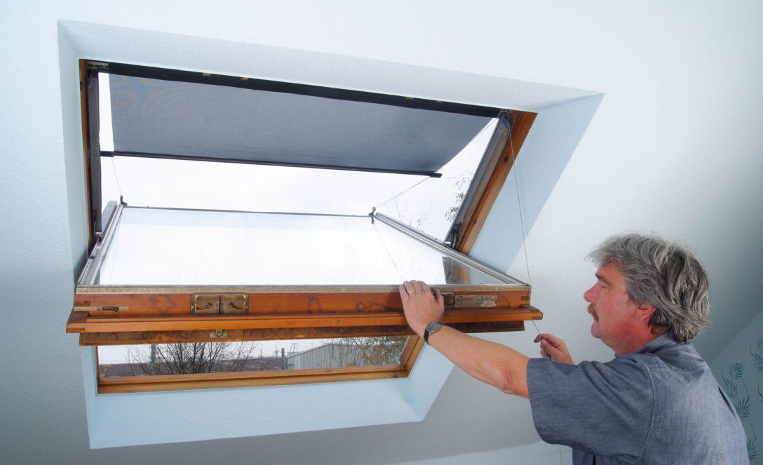 Large Size of Hitzeschutz Markise Dachfenster Selbstde Rahmenlose Fenster Maße Preisvergleich Rollos Für Kaufen In Polen Sichtschutzfolie Einseitig Durchsichtig Drutex Fenster Sonnenschutz Fenster Außen