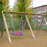 Schaukel Baby Garten Holz Test Gartenliege Gartenpirat Selber Bauen Ohne Betonieren Mehrfachschaukel Mit Drei Schaukeleinheiten Holztisch Bewässerung Garten Schaukel Garten