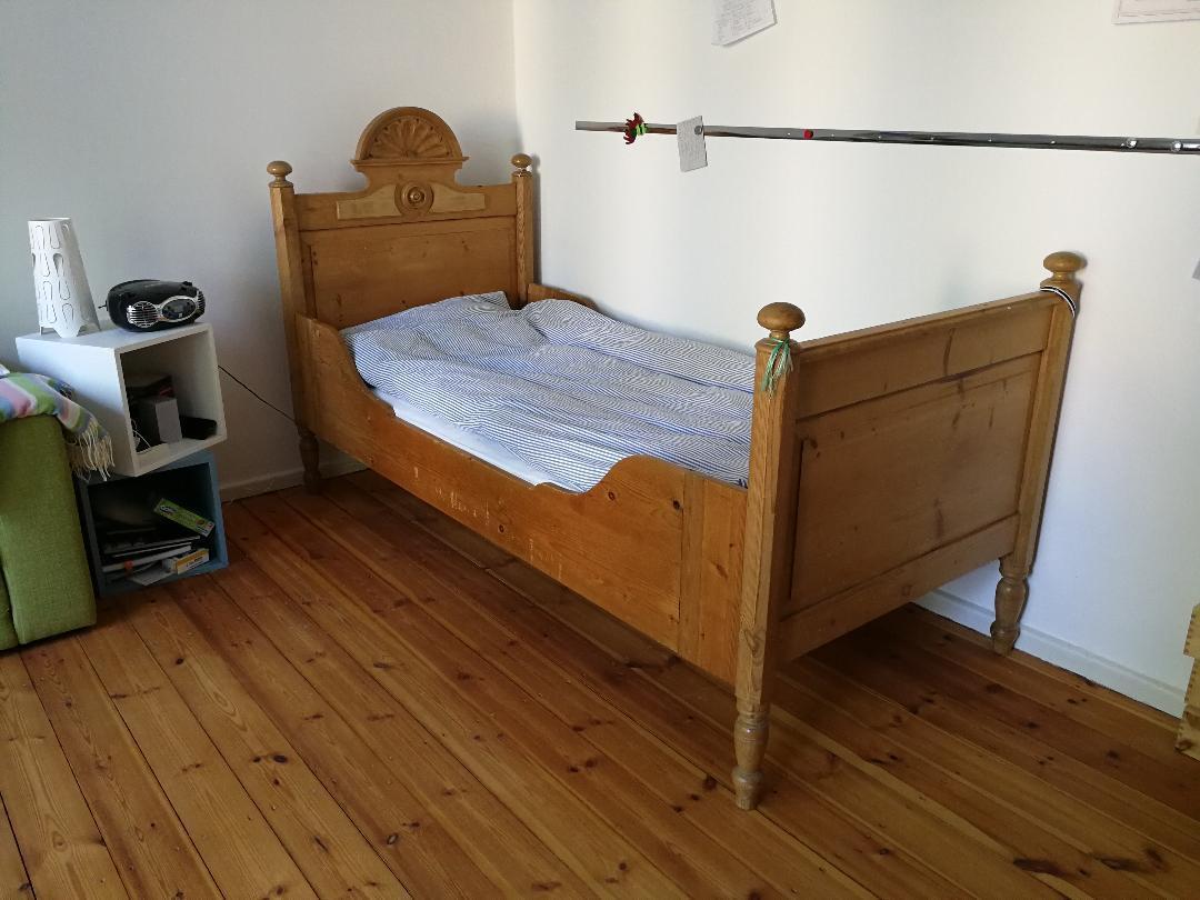 Full Size of Bett Bauernbett Weichholzbett Antik Weichholz Mit Muschelkopf 217 Sofa Bettfunktion Boxspring Selber Bauen 180x200 Betten 90x200 Flach Massivholz 220 X 200 Bett Bett Antik