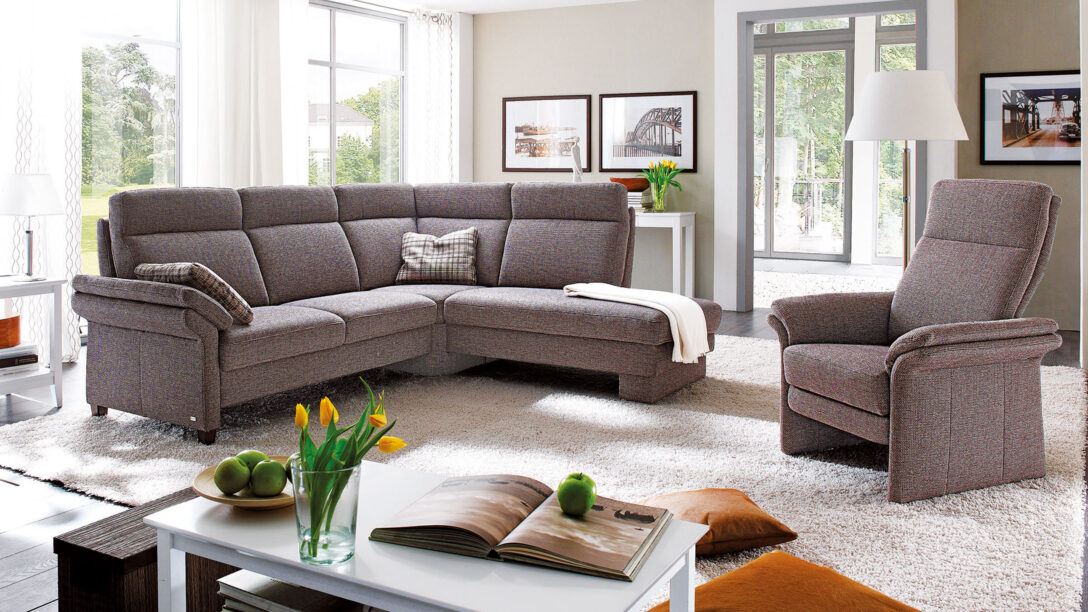 Large Size of Graues Sofa Grauer Teppich Rosa Kissen Brauner Kissenfarbe Welche Wandfarbe Dekorieren Passt Passende Graue Couch Welcher Dekoration Weisser Malaga Garnitur Sofa Graues Sofa