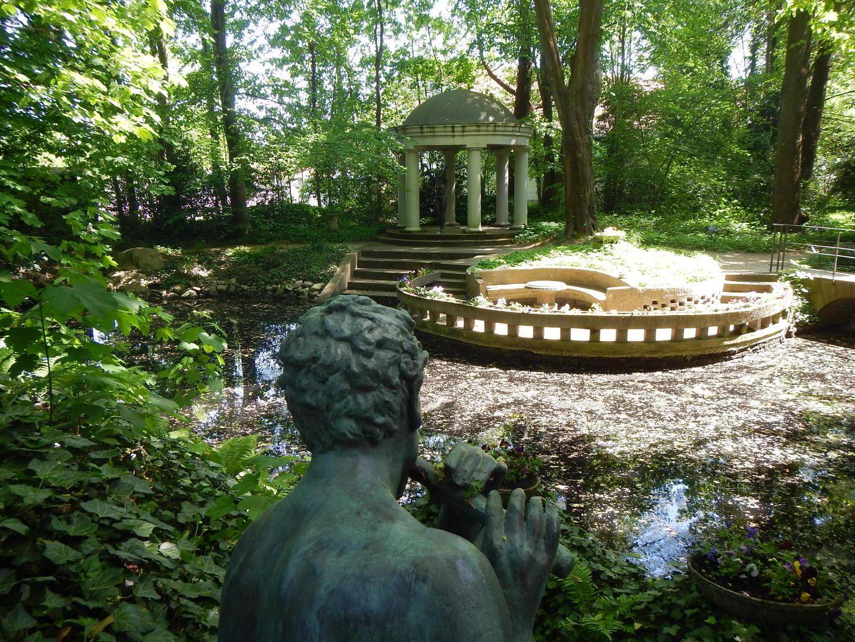 Full Size of Gartenskulpturen Stein Skulpturen Garten Modern Steinguss Thieles Bremerhavende Lärmschutzwand Leuchtkugel Sonnenschutz Sauna Hängesessel Beistelltisch Garten Skulpturen Garten