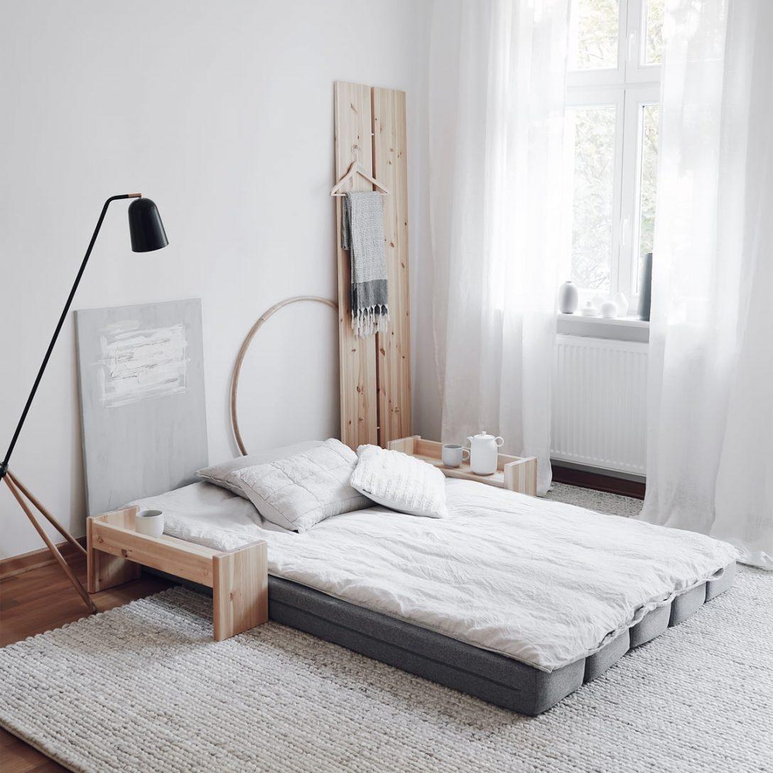 Large Size of Ausklappbares Bett Umu Daybed Von Karup Design Connox Wand Vintage Mit Schreibtisch Hülsta Betten Lifetime Kopfteil Selber Machen 90x200 Lattenrost Und Bett Ausklappbares Bett