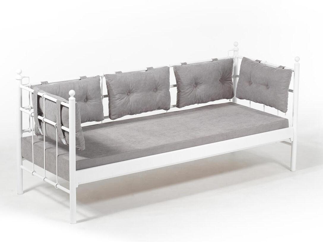 Large Size of Sofa Aus Matratzen Bunt Selber Bauen 2 Matratzenauflage Lattenrost Matratze Couch Alter Mit Diy Zwei Metallsofa Lalas Unmet Metal Karyola Baza Big Hocker Sofa Sofa Aus Matratzen